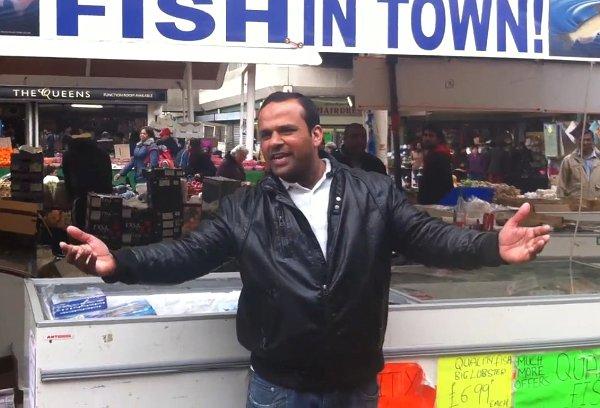 One Pound Fish – 1 Fish Man จากลีลาการร้องและเต้นของพ่อค้าปลาสู่เส้นทางศิลปินข้ามคืน ด้วย Social Media