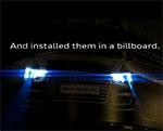 Billboard ที่ชูจุดเด่นเรื่องความปลอดภัยของคนใช้ถนนจาก Audi